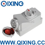 Cee/IEC 60309 IP67 Waterproof Industrial Socket with Swith (QX5605)