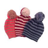 Children Baby Kids Autumn Winter Warm Knitted Stripe Printing POM POM Caps Beanie Hat (HW625)