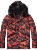 Men′ S Nylon Padding Cotton Winter Red Jacket with Fur Hood