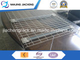 Inverted Flared Wire Mesh Panel with Waterfall