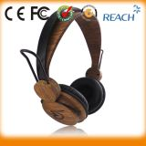 Promotional Special Wood Custom Earphone for MP3 PC iPad iPod