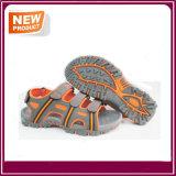 Men′s Comfortable Beach Sandal Shoes