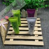 Various Perfume Color Cheap Wholesale Hotel Hair Shampoo in Tube