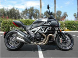 New Ducatii Diavel Carbon Star White and Matt Carbon Motorcycle
