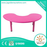 Children's Plastic Furniture Moon Shape Table with High Quality