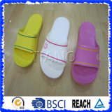 Soft Cheap Wholesale Slippers (TNK20276)