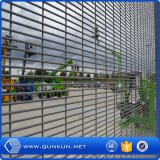China Professional Fence Factory Anti-Climb Perimeter Security Fencing on Sale