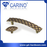 Brass Classic Furniture Hardware Kitchen Cabinet Handles and Knobs (GDC0249)