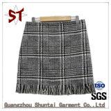 Top Customed Ladies Fleece Half-Waist Plaid Skirt