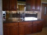 Oak Solid Wood Kitchen Cabinet (JX-KCSW032)