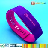 ISO 14443A Durable Smart NTAG 213 RFID Soft Silicone Dual Color wristband