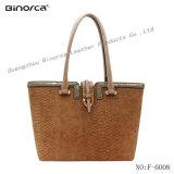 Classic Lady′s PU Handbag