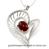 Hot Sale and Fashion 925 Sterling Silver Pendant Heart Pendant (P4975)