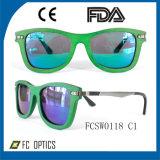 Custom UV400 Polarized Wooden Sunglasses for Wholesale