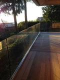 Frameless Aluminum U Channel Decking Glass Railing Design