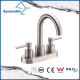 Sanitary Ware Double Handle Bathroom Sink Faucet (AF9200-6C)