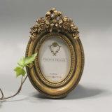 Hot En71 Polyresin Oval Rose Wedding Picture Frames