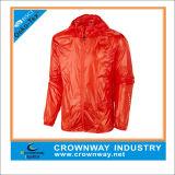 100% Polyester Lightweight Waterproof Running Jacket for Men