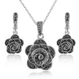 Factory Wholesale White Gold Flower Earring Necklace Jewelry Set