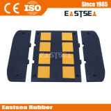 High Visibility Reflective Rubber Street Road Speed Bump for Sale