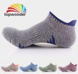 Custom Men′s Sport Ankle Sock in Various Sizes and Designs