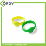 915MHz UHF RFID Silicone Wristband for Pools Waterparks