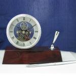 Wholesale Piano Finish Wooden Desk Clock