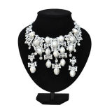 2013 Latest Zinc Alloy Jewelry Necklace Set with Pearl (MJBH38)
