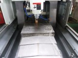 Metal Processing CNC Milling Machine with Syntec 21mA System (FD-450C)