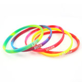 100% Non-Toxic Thin Comouflage Silicone Wristband with Embossed (TH-8497)