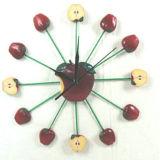 En71 Apple-Shaped Round Wall Clock in Polyresin