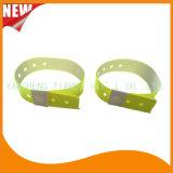 High Quality Entertainment ID Bracelets Vinyl Plastic Wristbands (E6070-20-6)