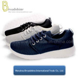 Hot Sell Classic Women and Men Running Footwear with Mesh Upper