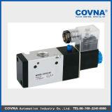 3 V 320-08 Pneumatic Solenoid Valve for Cylinder Control