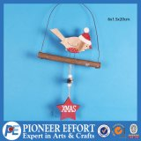 Wooden Bird Design with Red Star for Wall Hanging Decoration