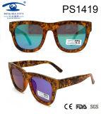 Hot Sale New Fashion Women Vintage Plastic Sunglasses (PS1419)