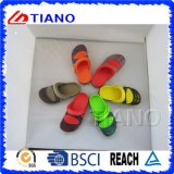 New Design Beautiful Boy′s Clogs (TNK24874)