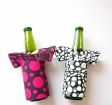 330ml Neoprene Beer Bottle Holder in Clothes Shape for Promotion