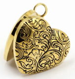 Heart Style Stainless Steel Essential Oils Aromatherapy Locket Pendant