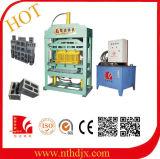 Small Model Cement Brick Making Machine/Automatic Brick Making Machine (QT2-15)