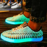 Fashion Men′s Outdoor Running Skateboard Leisure Shoes with LED Light
