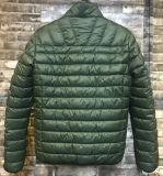 Comfortable Men′s Classic Lightweight Jacket with Plastic Zipper