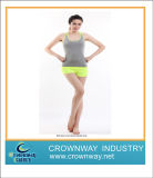 Slim Fit Yoga Suit Made of Breathable Fabric