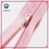 High Quality Nylon Zipper Standard with Normal Tape