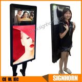 Excellent Quality Outdoor Advertising Walking Digital Player with Video