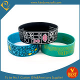 China Hot Sale Customized Logo Silicone Bracelet in High Quality