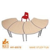 Adjustable Wooden Desk with Chair of Children Furniture