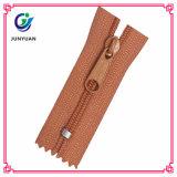 Zipper Manufacturer Directly Supply Cheap Nylon Zipper