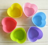 Colorful Household Product Heart-Shape Cake Cup Bakeware Mould