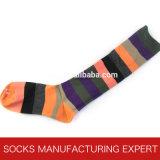 Women′s Comb Cotton Striped Knee High Sock (UBW-005)